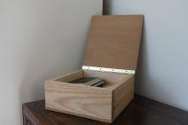 Reclaimed wood storage box
