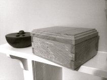 Decorative oak trinket box