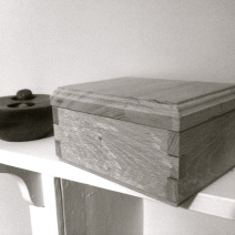 Decorative oak trinket box
