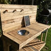 Wood pallet mud kitchen