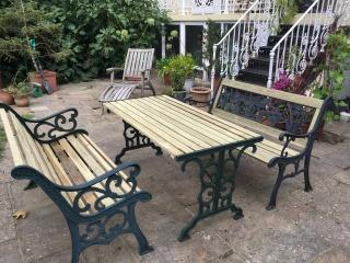 Restored garden set